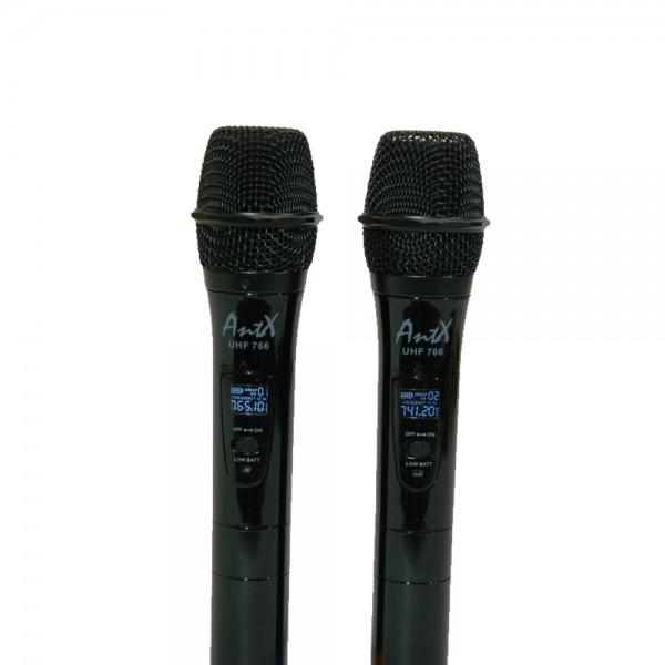 Двоен безжичен вокален микрофон UHF 766 на топ цена