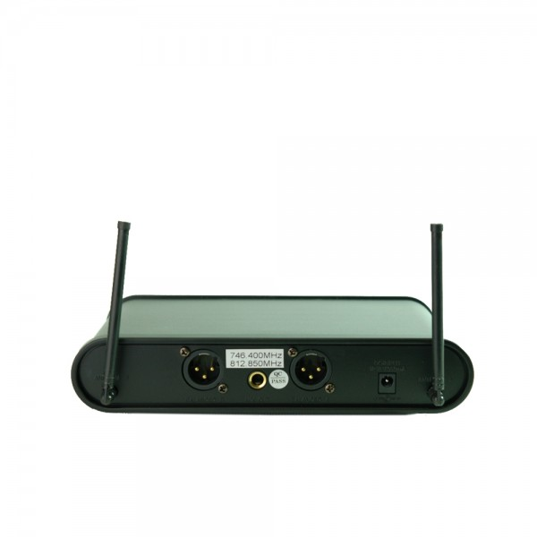 Вокален микрофон UHF 113 - двоен, безжичен